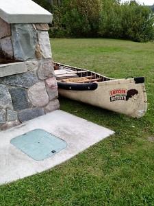 CanoeInPark